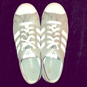 ADIDAS : Original Grey/White Canvas Shoes